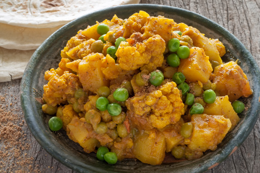 IKK Südwest: Gemüse-Kartoffel-Curry