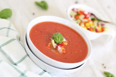 IKK Südwest: Tomaten-Brotsuppe