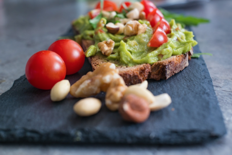 IKK Südwest: Avocado-Brot